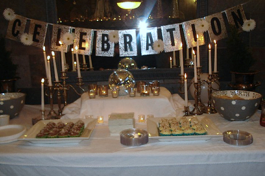 Shannonsstudio.com Table Decorations New Years Eve