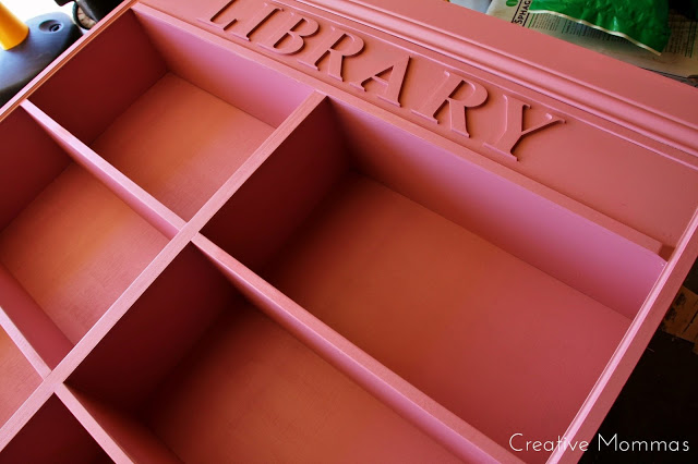 Bookshelf Library Lettering © Creative Mommas